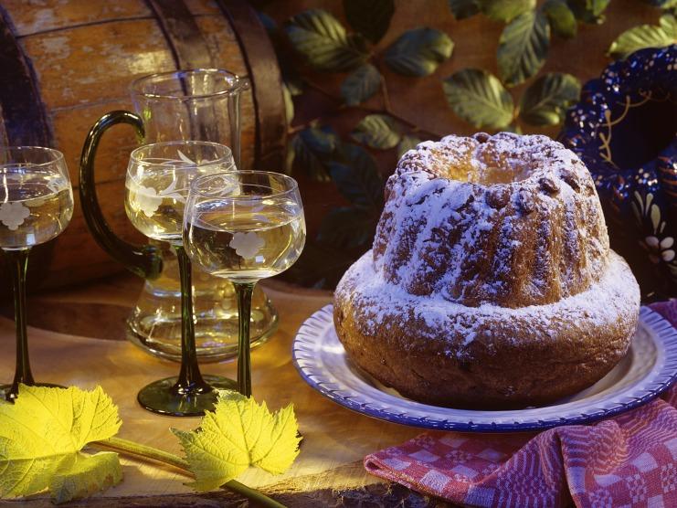 Frankreich, Elsass, Gugelhupf und Wein, Bildquelle: Haute-Alsace Tourisme © Christophe Dumoulin